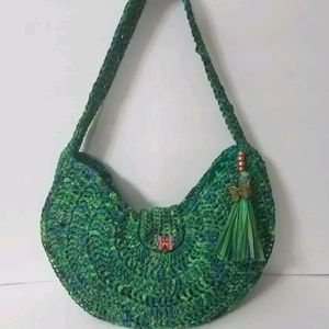 Hand crocheted 1/2 round Raffia purse lined